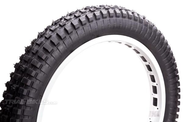Monty 19'' x 2.70 Rear Tyre