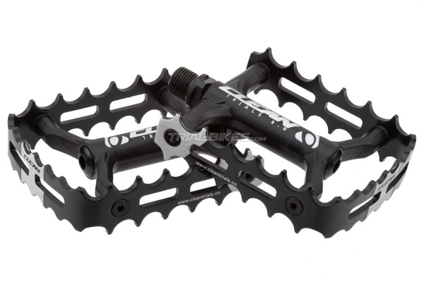 Clean Single Cage Pedals