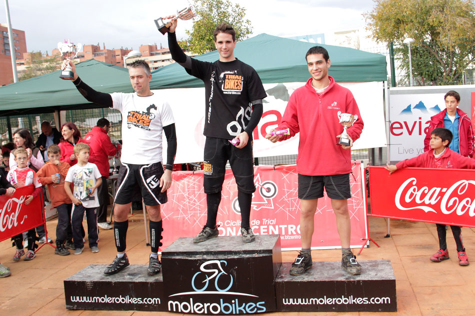 Equipo Trial-Bikes en el campeonato de Madrid