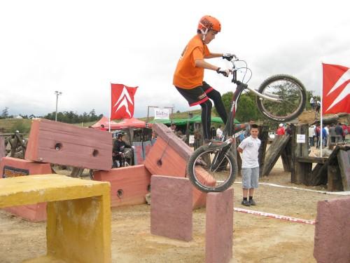Borja del equipo infantil Trial-Bikes en Zalamea