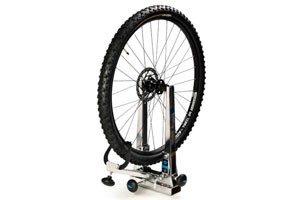 montaje-y-centrado-de-rueda-serv-mecanica-trial-bikes